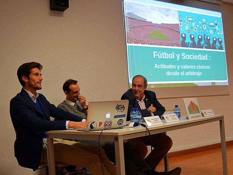 Fútbol y sociedad: valores y actitudes cívicos desde el arbitraje